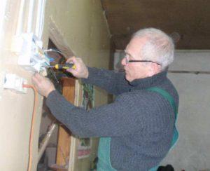 Renovierungsarbeiten im Kulturzentrum Krasnolessje